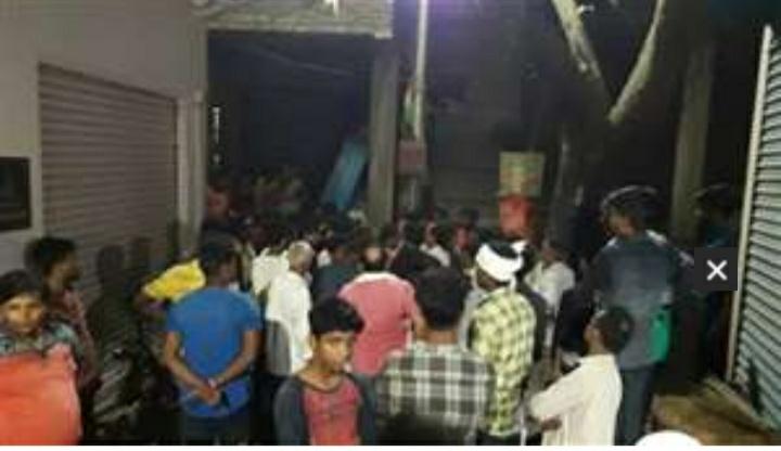 हिंदी समाचार |लोगों ने किया जेई की पिटाई
