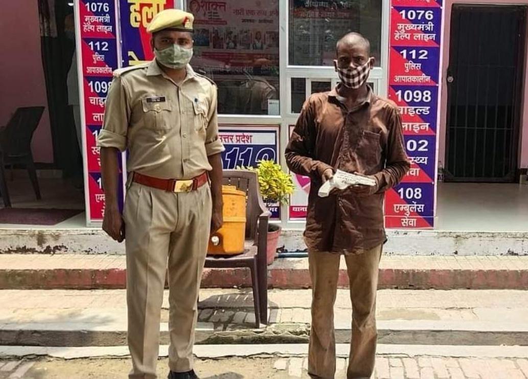 हिंदी समाचार |इनायतनगर पुलिस ने अवैध तमंचे...