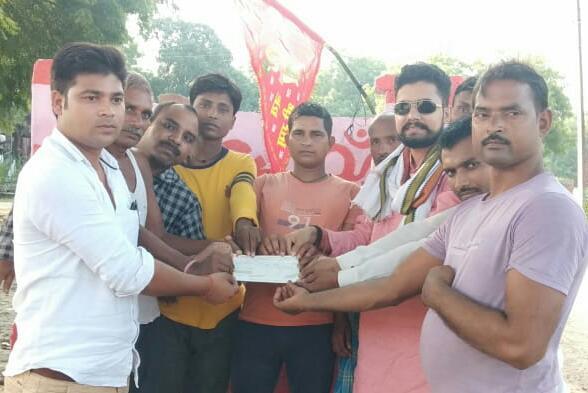 हिंदी समाचार |समाजसेवी ने मंदिर निर्माण के...