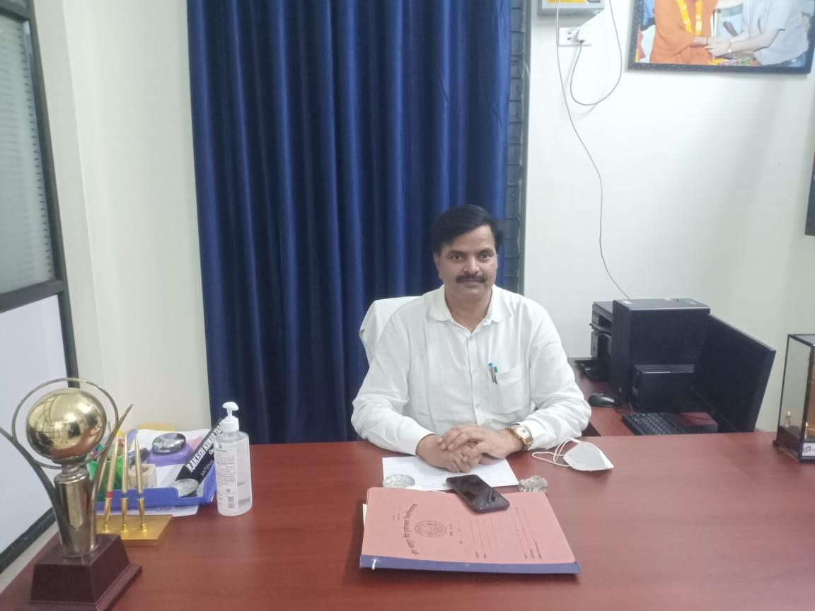 हिंदी समाचार | कोरोना वैश्विक महामारी से निपटने में  महत्वपूर्ण भूमिका निभा रहे हैं एनएसएस के स्वयसेवक- डॉ.राकेश यादव