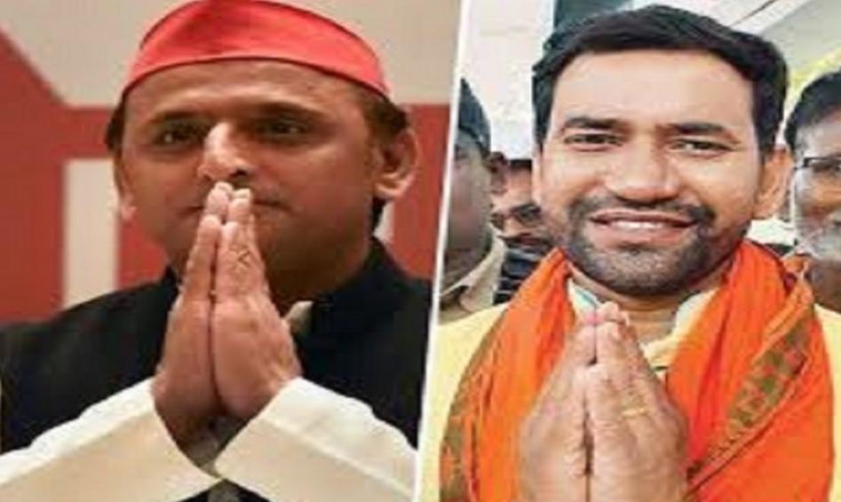 हिंदी समाचार |अखिलेश को मिला भाजपा नेता...