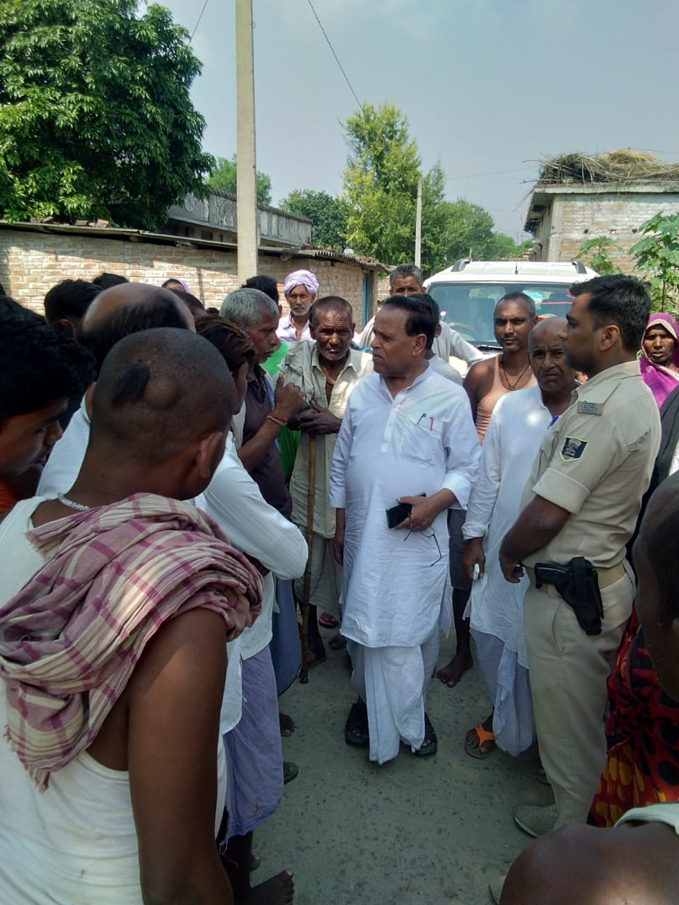 हिंदी समाचार |सीपीआई कार्यकर्ताओ का पद...