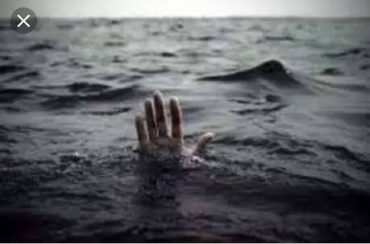 हिंदी समाचार |गंगा मे डूबकर दो युवकों की मौत,...