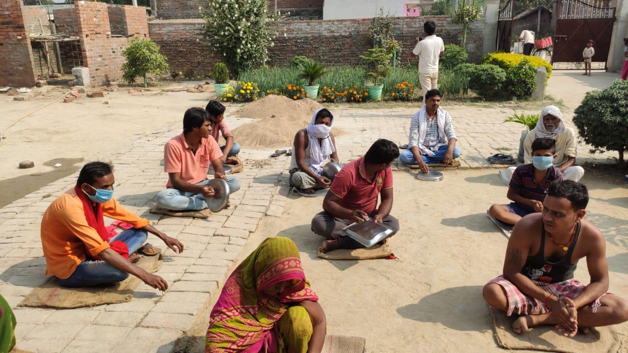 हिंदी समाचार |लाॅकडाउन में भुखे लोगों नें...