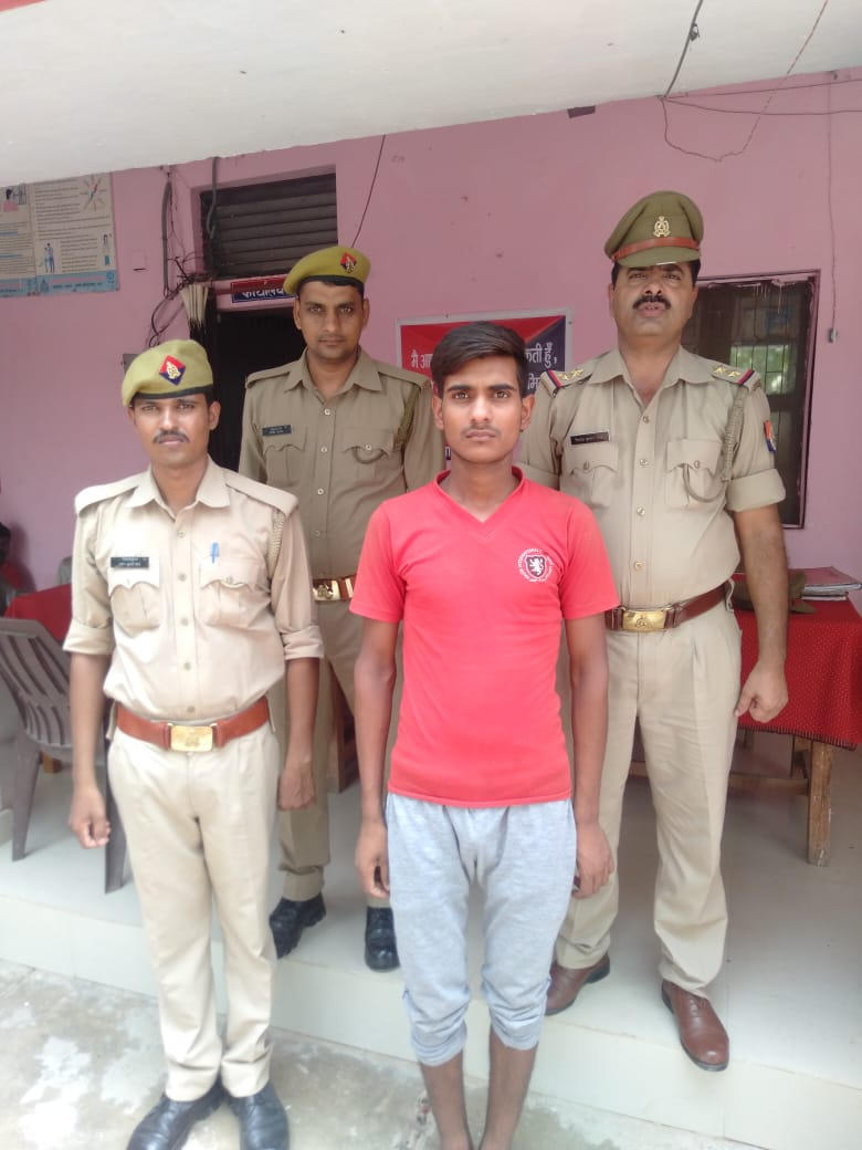हिंदी समाचार | खण्डासा पुलिस की सक्रियता से फ़रार आरोपी हुआ गिरफ़्तार, भेज़ा जायेगा जेल
