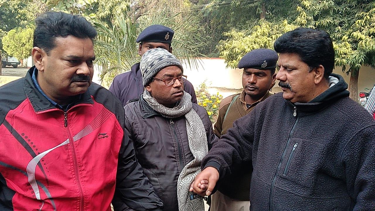 हिंदी समाचार | जमुई में निगरानी टीम ने किया गिरफ्तार