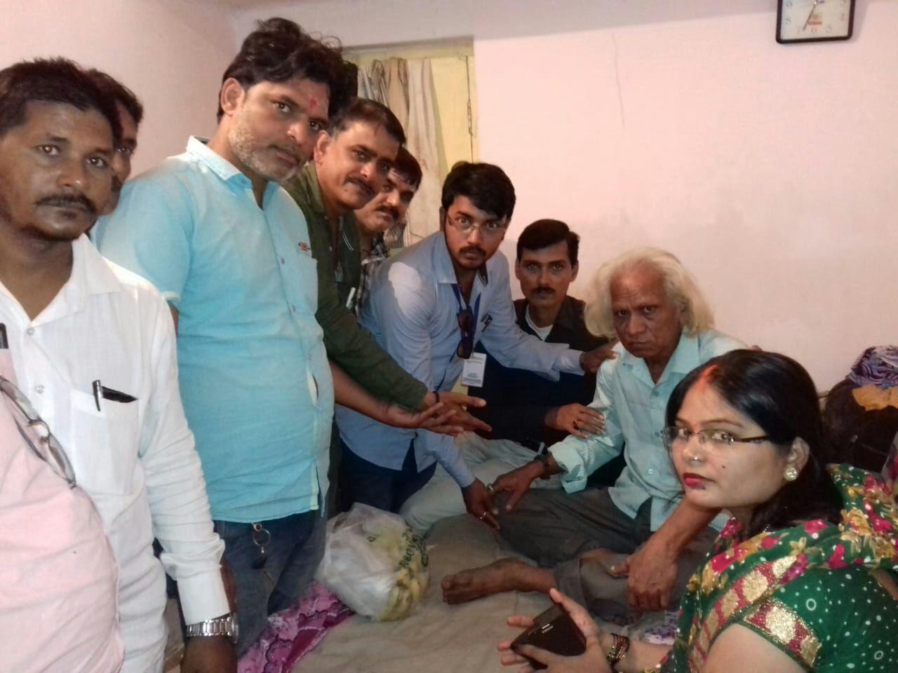 हिंदी समाचार |पीड़ित पत्रकार की मदद करने...