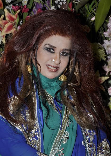 हिंदी समाचार |वैलेंटाइन डे पर दमकती त्वचा -...