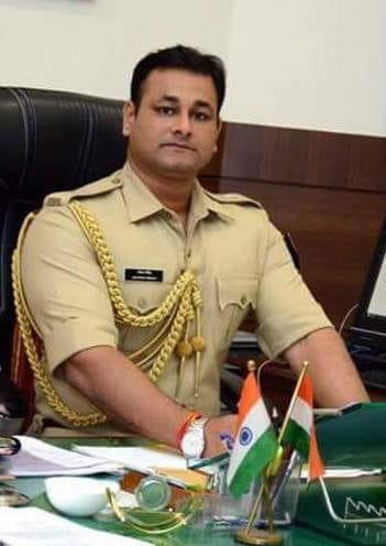 हिंदी समाचार |पालघर में पुलिस निरीक्षकों के...