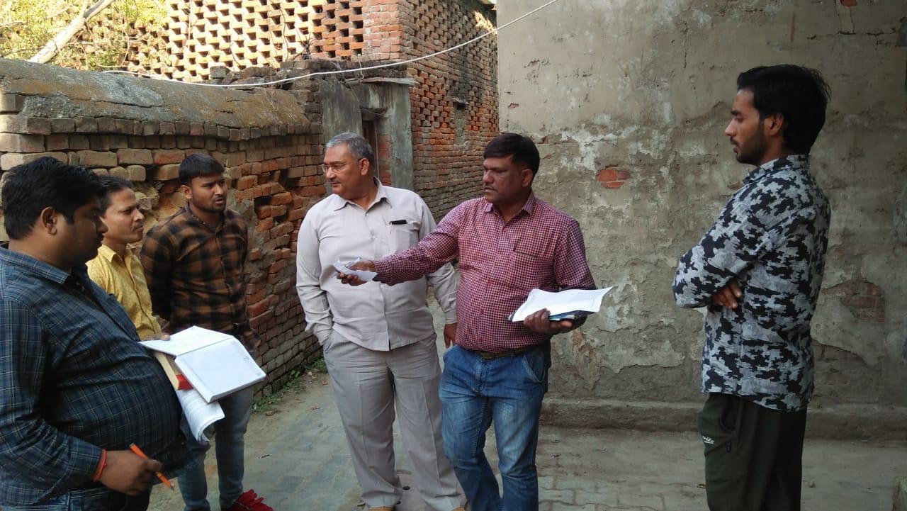 हिंदी समाचार  भदोही विद्युत विभाग एसडीओ के...