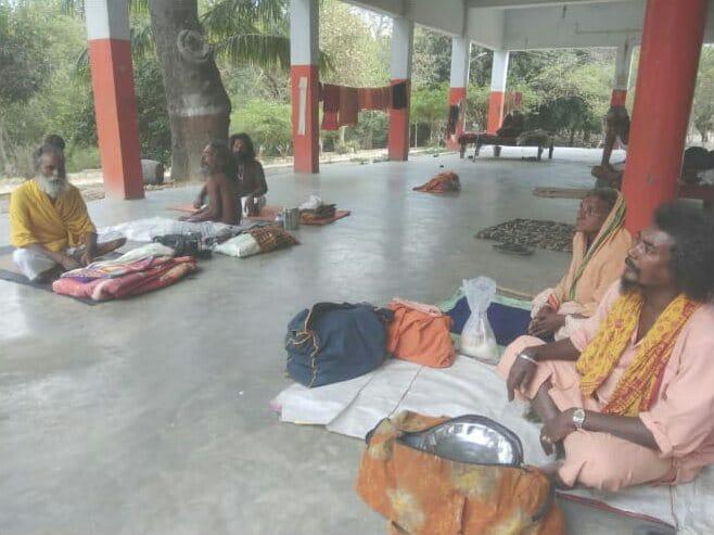 हिंदी समाचार  तमिलनाडु के तीर्थयात्री फंसे...