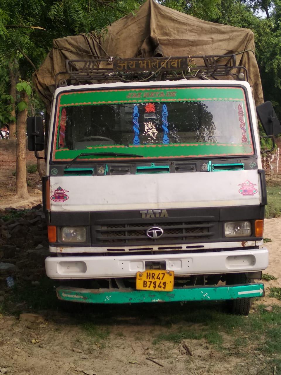 हिंदी समाचार  वाराणसी के लंका पुलिस ने 323...