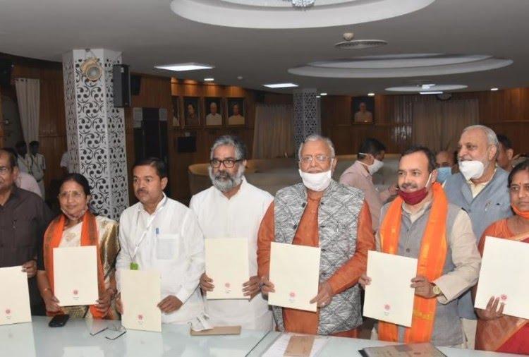 हिंदी समाचार  यूपी में राज्यसभा के सभी 10...