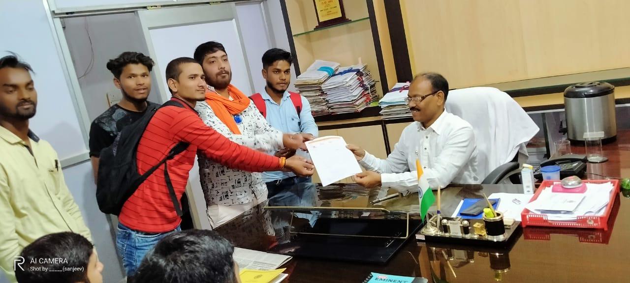 हिंदी समाचार |शिवसेना ने आईटीआई के छात्रों...