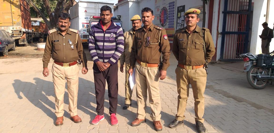 हिंदी समाचार |वाराणसी में रोहनिया पुलिस ने...