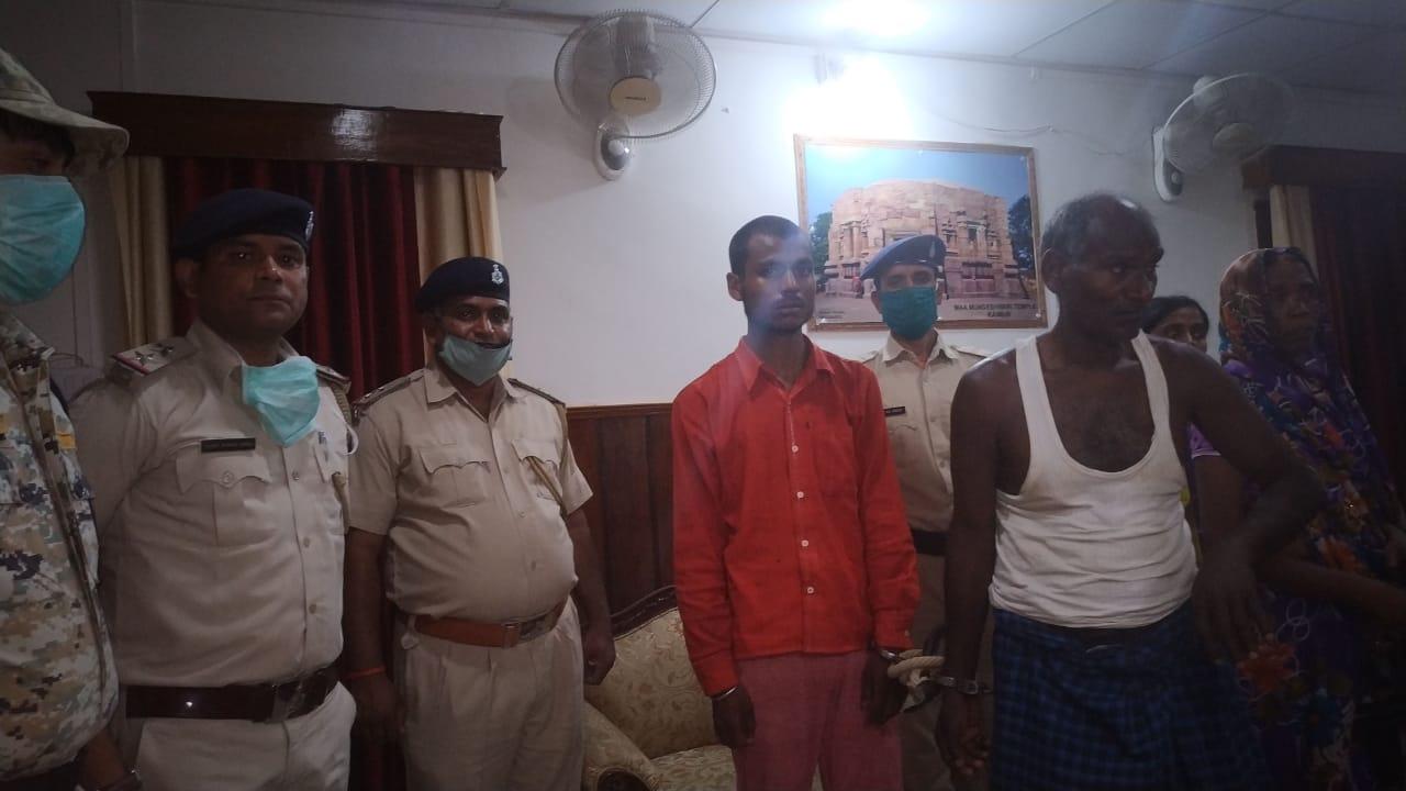 हिंदी समाचार | तस्करों ने किया पुलिस पर हमला...